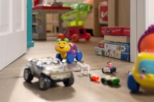 Voor het tweedehands speelgoed in het online aanbod van De Kringshop terecht komt, ondergaat het eerst een strenge selectieprocedure.
