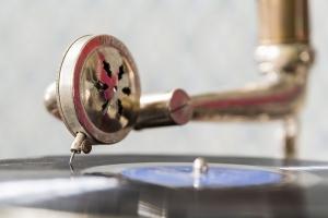 Tweedehands muziek en films, zoals cd's, lp's, dvd's, platen, enz. komen op regelmatige basis binnen in onze voorraden.